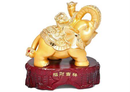 家里摆大象的寓意是什么