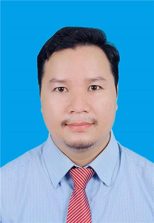 邓楠遊先生