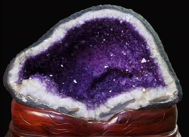 紫水晶洞的风水功效